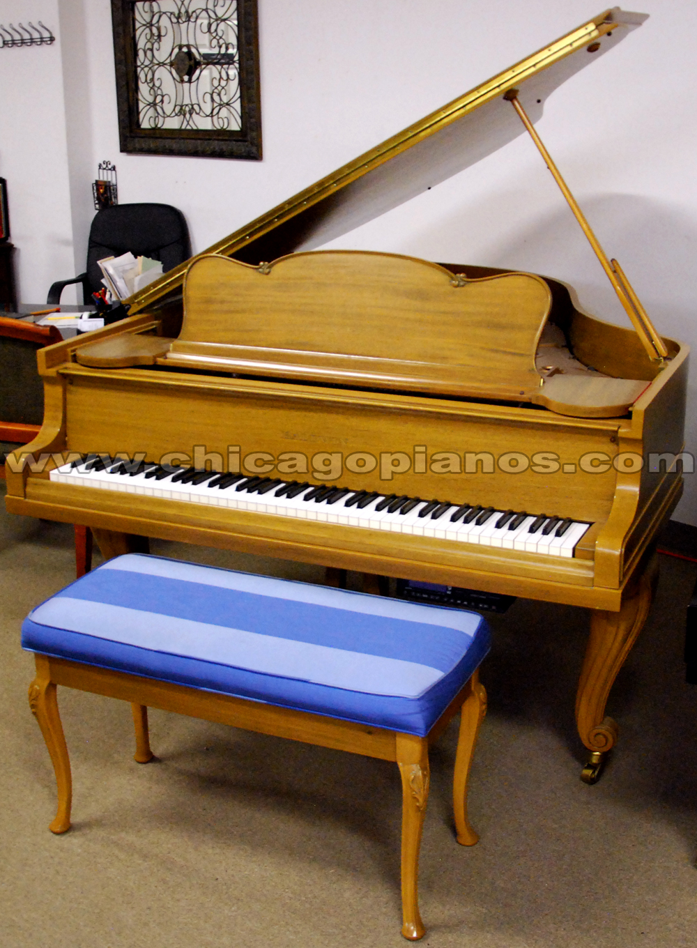 Used Baldwin 226R Grand Piano with Pianodisc PDS228 player system from Chicago Pianos . com