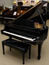 Used Steinway Grand Piano ijn Chicago